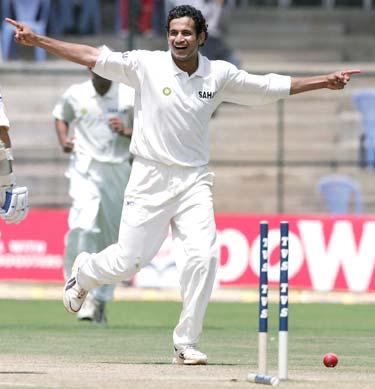 http://specials.rediff.com/cricket/2005/jan/11pic1.jpg