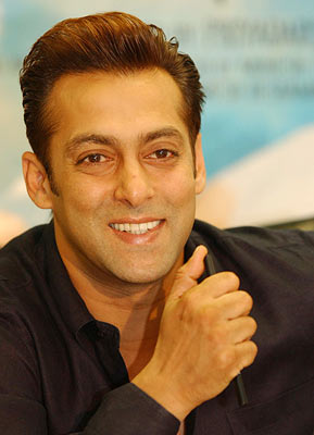 enjoy life: Salman: Playing a crazy guy is easy!