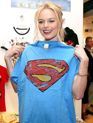 16sld4 - Superman Girl, So Sweet