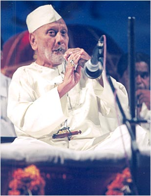 Latest News from India - Get Ahead - Careers, Health and Fitness, Personal Finance Headlines - Google doodles shehnai maestro Bismillah Khan's 102nd birthday