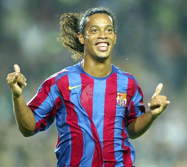 Brazil great Ronaldinho to retire after World Cup
