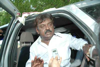 How BJP succeeded in driving Vijayakanth to the DMK